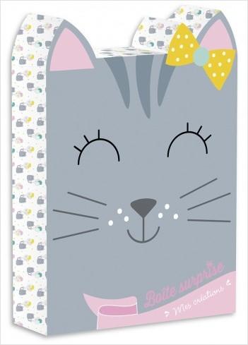 Boîte surprise : Chaton – Coffret avec 2 cartes à gratter, 2 cartes à couvrir de strass, des stickers, 4 feuilles d'origamis, 1 livre de coloriage et 1 bracelet – À partir de 6 ans